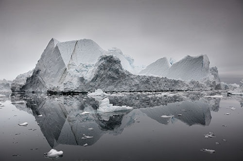 Jakobshavn Glacier in the Ilulissat Icefjord.Various inhabitations of the world are at a threat of being submerged by water due to global warming. According to NASA scientists, Jakobshavn is the single largest contributor to sea level rise in the Northern Hemisphere (Photo:Lawrence Hislop).