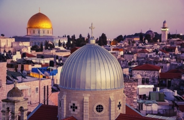 Islam teaches its followers to protect all places of worship—not just mosques. © Elena Dijour   Shutterstock
