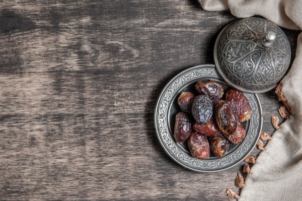 dates in a plate