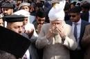 Huzur Leading in Silent prayer