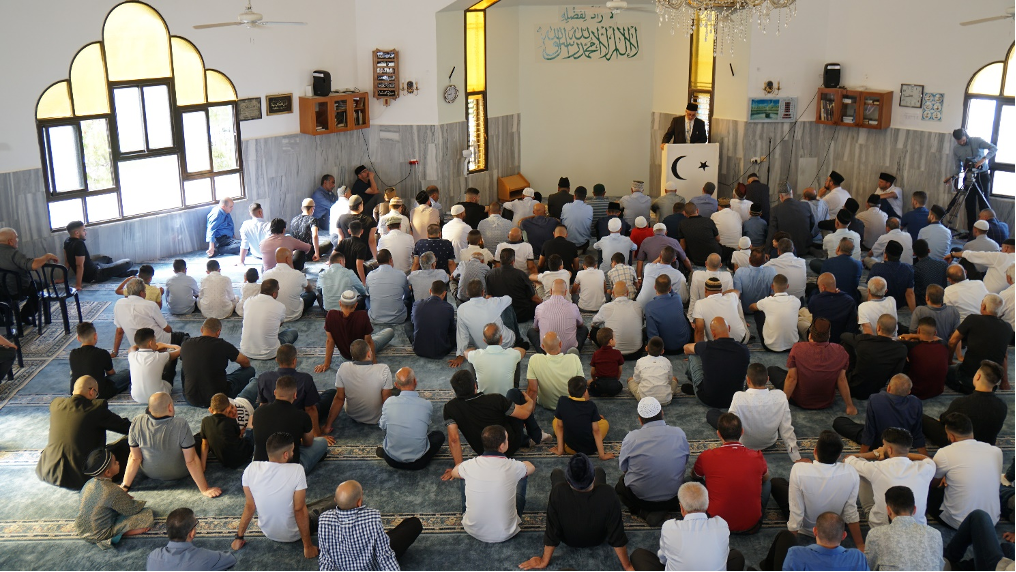 Eid prayers and sermon being offered in Kababir.
